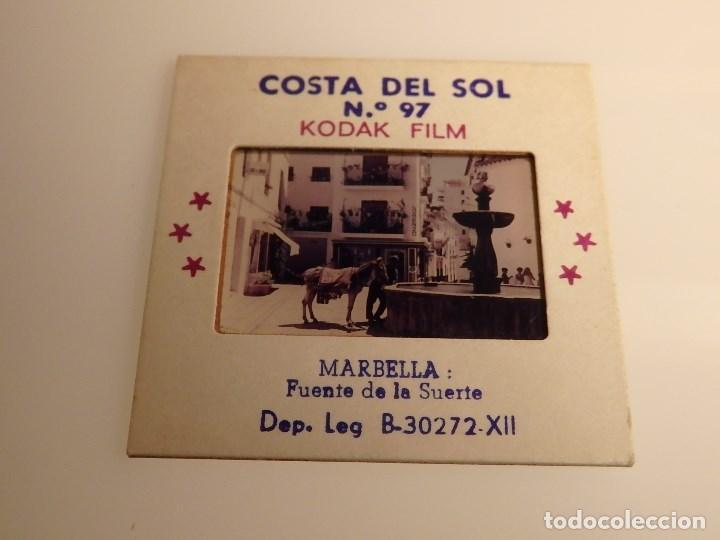 DIAPOSITIVA COSTA DEL SOL MARBELLA (MALAGA) FUENTE DE LA SUERTE (Fotografía Antigua - Diapositivas)
