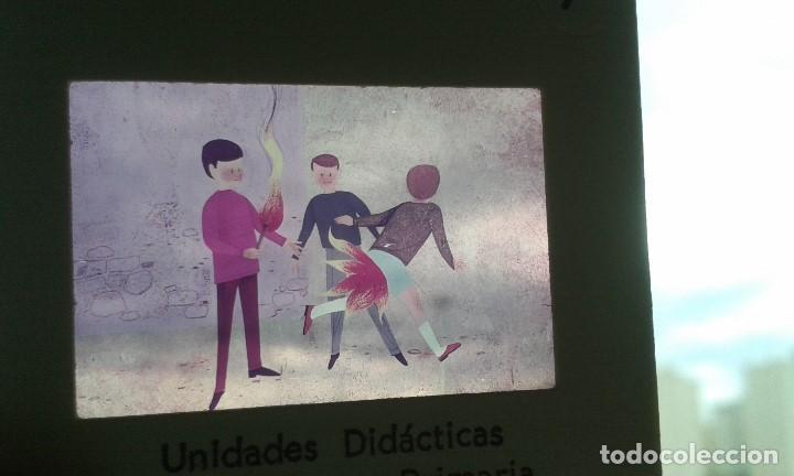 Fotografía antigua: 13 diapositivas con libreto - Temática El Fuego - Unid. didáctica con ilustraciones de época - 1967 - Foto 4 - 66280354