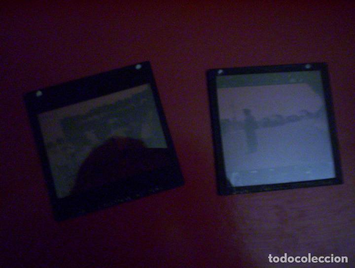 Fotografía antigua: 2 cristales linterna magica irun guipuzcoa coche en puente internacional y niños jugando 1932 - Foto 4 - 73829991