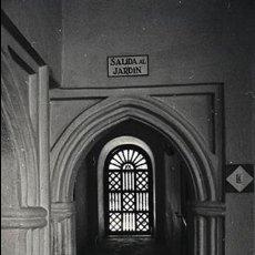 Fotografía antigua: NEGATIVO ESPAÑA CÁCERES GUADALUPE PARADOR 1970 KODAK 35MM NEGATIVE SPAIN PHOTO FOTO. Lote 76075443