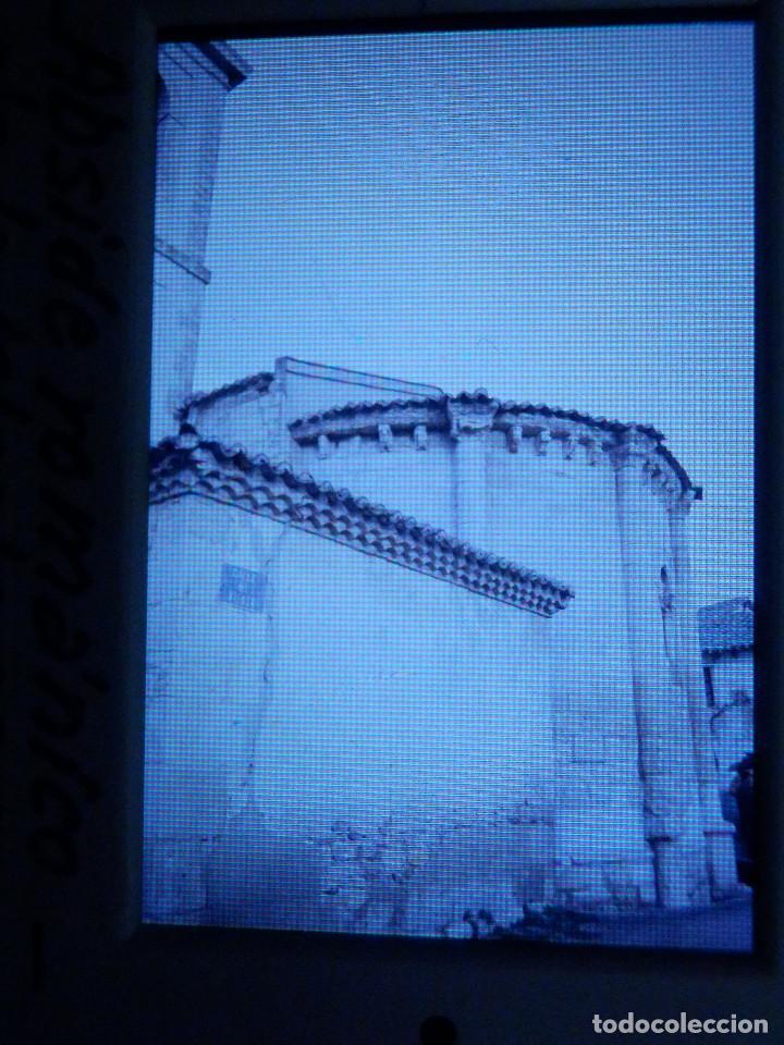 DIAPOSITIVA - FILMINA - 35 MM - MONTADA MARCO PROFESIONAL - TALAMANCA DEL JARAMA - ABSIDE ROMÁNICO (Fotografía Antigua - Diapositivas)