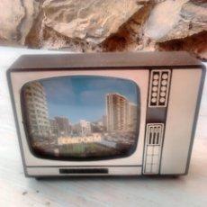 Fotografía antigua: ORIGINAL TELEVISOR CON DIAPOSITIVAS,DE BENIDORM,VINTAGE. Lote 86908074