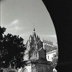 Fotografía antigua: NEGATIVO ESPAÑA CÁCERES GUADALUPE MONASTERIO 1970 KODAK 35MM NEGATIVE SPAIN PHOTO FOTO. Lote 91904840