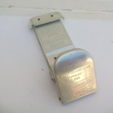 Fotografía antigua: PERRO COLOR SLIDE BINDER LOCKING CLAMP. PROLOC. SUIZA. APARATO PARA MONTAR DIAPOSITIVAS. Lote 112263599