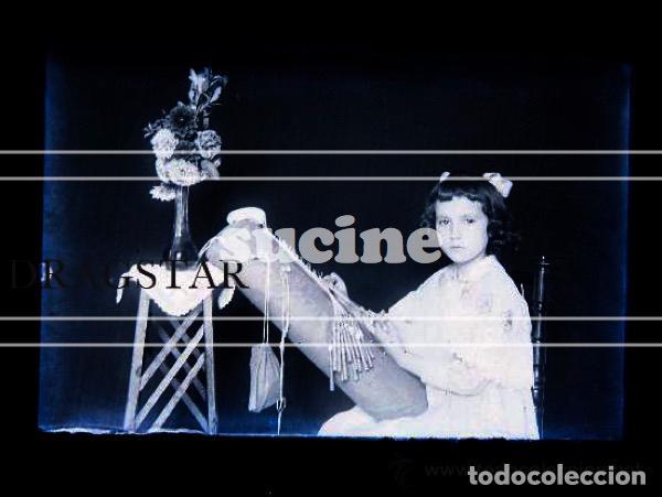 Fotografía antigua: UNA VERDADERA JOYA NIÑA DE CASTELLON HACIENDO BOLILLOS TAMAÑO 10x15 - Foto 2 - 36405709