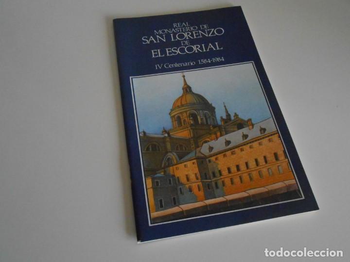 Fotografía antigua: SAN LORENZO DE EL ESCORIAL. MINISTERIO DE CULTURA. 80 DIAPOSITIVAS + CASSETTE + LIBRO. AÑO 1984. - Foto 2 - 149092932