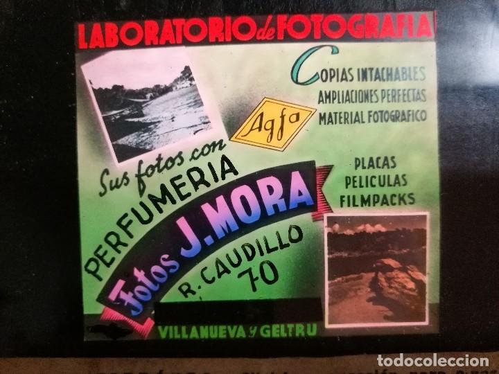 Fotografía antigua: diapositiva cristal publicidad salas de cine.perfumeria fotos j.mora villanueva y geltru 1942-REF-ML - Foto 6 - 149222326