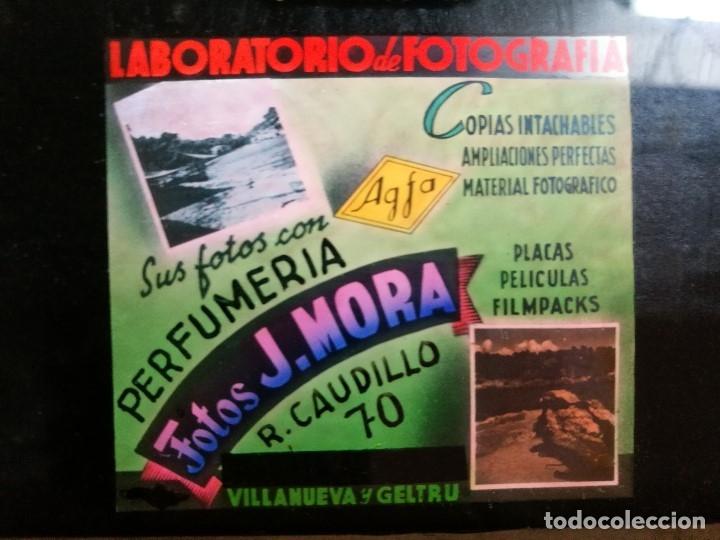 Fotografía antigua: diapositiva cristal publicidad salas de cine.perfumeria fotos j.mora villanueva y geltru 1942-REF-ML - Foto 7 - 149222326