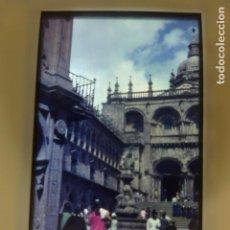 Fotografía antigua: SANTIAGO DE COMPOSTELA FUENTE DE PLATERIAS DIAPOSITIVA EN CRISTAL AÑOS 60 POR VIAJERO ALEMAN. Lote 155677202