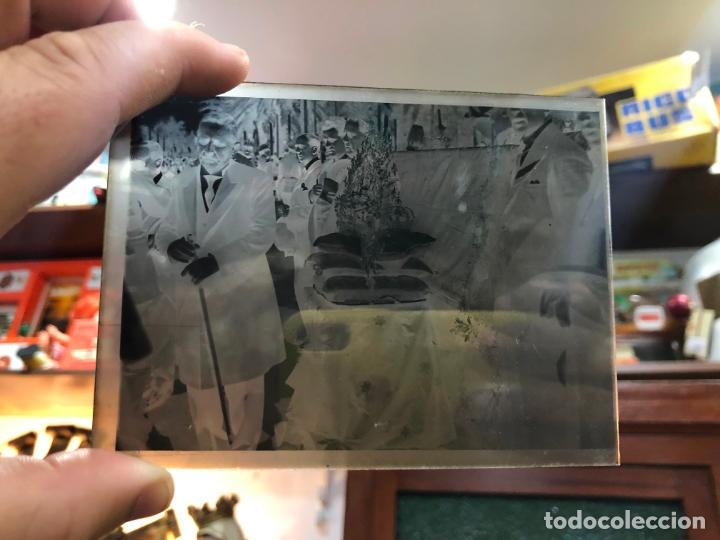 Fotografía antigua: MAGNIFICO LOTE DE NEGATIVOS FOTOGRAFICOS SOBRE LA CORONACION VIRGEN CARMEN DE JEREZ Y ALFONSO XIII - Foto 4 - 170910525