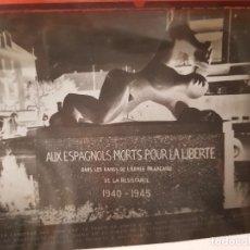 Fotografía antigua: II GUERRA MUNDIAL FOTOGRAFIA CELULOIDE MONUMENTO A LOS ESPAÑOLES MUERTOS ANNECY FRANCIA. Lote 171734245