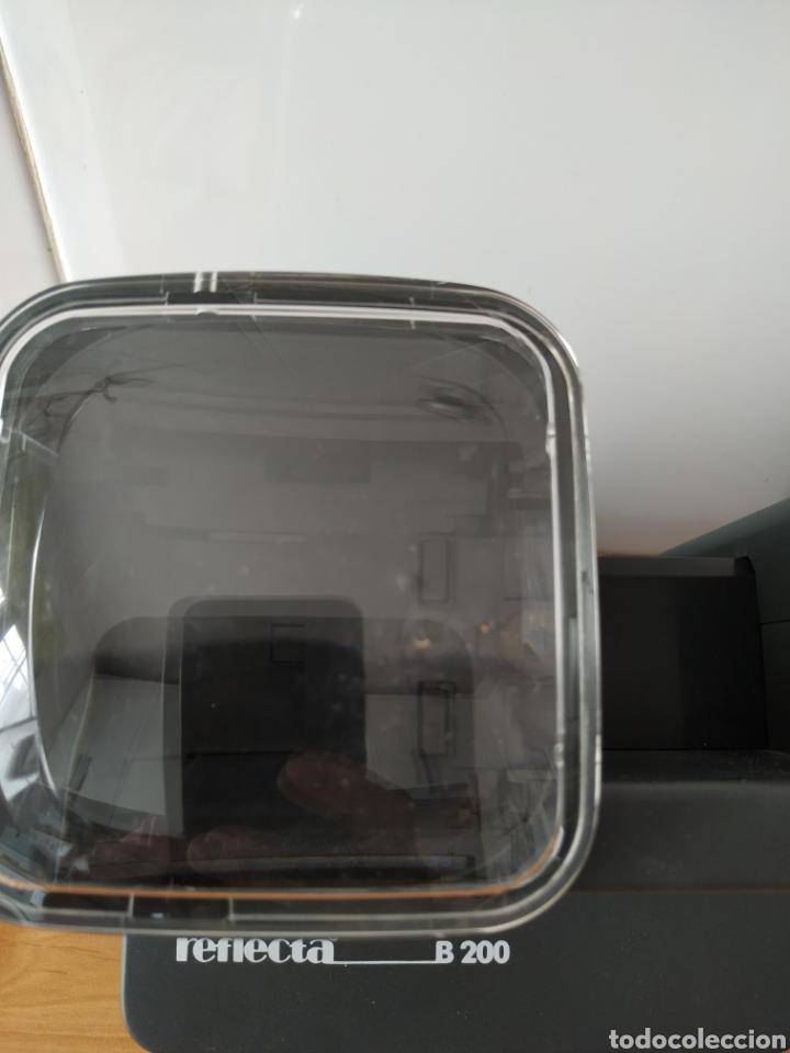 Fotografía antigua: Visor de diapositivas Reflecta B200 - Foto 2 - 179390155