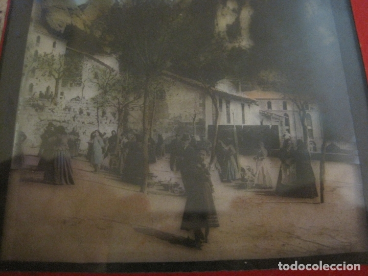 Fotografía antigua: MONTSERRAT-PLAZA MERCADO-FOTOGRAFIA DIAPOSITIVA CRISTAL COLOREADA-VER FOTOS(V-17.766) - Foto 2 - 179535748