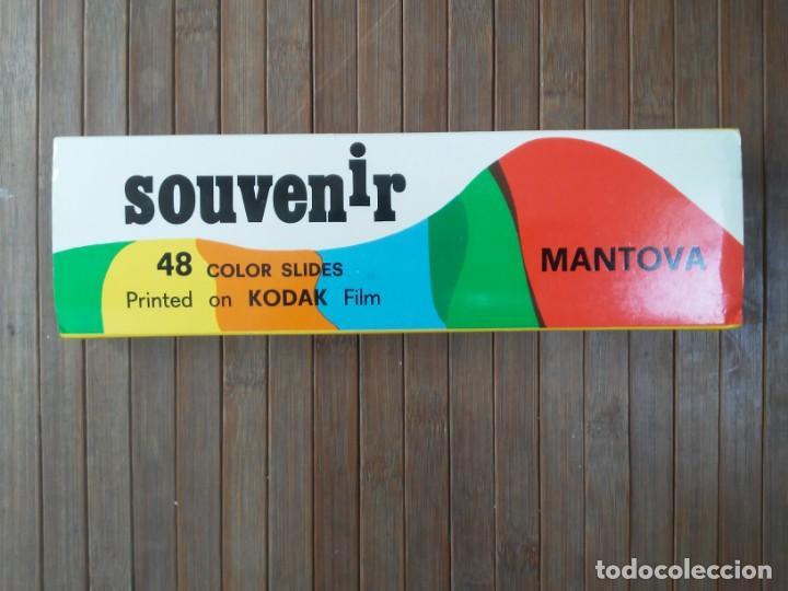 PAQUETE CON 48 DIAPOSITIVAS SOUVENIR MANTOVA ITALIA SLIDES PRINTED ON KODAK FILM ED. ZANINI (Fotografía Antigua - Diapositivas)
