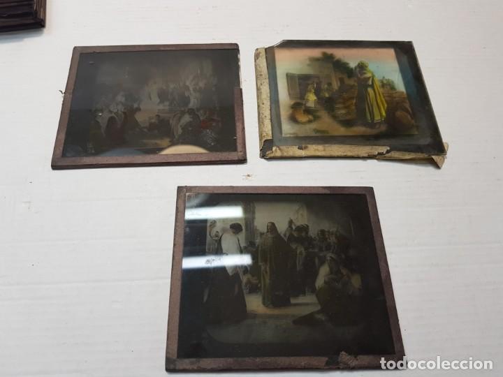 Fotografía antigua: Diapositivas en Cristal de Jesus lote 13 principios 1900 coloreada espectaculares - Foto 20 - 203166080