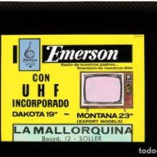 Fotografía antigua: DIAPOSITIVA DE CRISTAL PUBLICIDAD TELEVISIÓN EMERSON - FERRETERÍA LA MALLORQUINA. Lote 204351075
