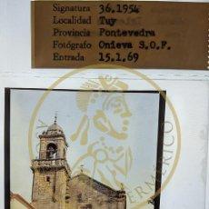 Fotografía antigua: 1969 TUY - TUI - PONTEVEDRA - IGLESIA STO DOMINGO - GALICIA DIAPOSITIVA PROFESIONAL ONIEVA FORM.6X6. Lote 239489880