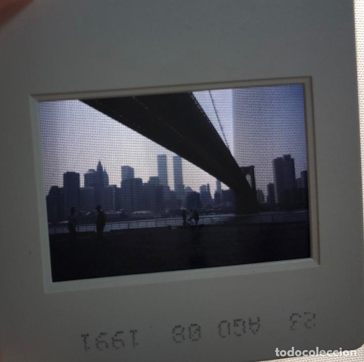 DIAPOSITIVA NUEVA YORK, PUENTE DE BROOKLYN, TOMADA EN AGOSTO 1991, CON TORRES GEMELAS (Fotografía Antigua - Diapositivas)
