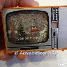 Fotografía antigua: ANTIGUO VISOR TELEVISION PICOS DE EUROPA. FUNCIONANDO. Lote 243880280