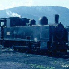 Fotografía antigua: 1971 DIAPOSITIVA TREN VILLABLINO - FERROCARRIL - GALICIA - ORIGINAL 35 MM. Lote 246860175