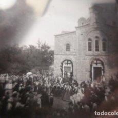 Fotografía antigua: GRECIA ELEUSIS FIESTA POPULAR CRISTAL PARA LINTERNA MAGICA - FINALES SIGLO XIX - H. CABRERIZO. Lote 262494390