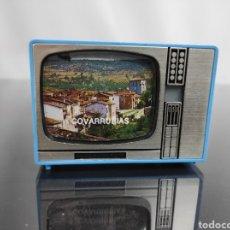 Fotografía antigua: VISOR DIAPOSITIVAS FORMA TV COVARRUBIAS. Lote 295776028