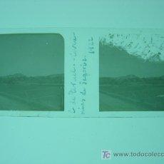 Fotografía antigua: CARRETERA DE TERUEL, CERCANIAS DE SEGORBE - CRISTAL POSITIVO - AÑO 1922. Lote 27207181