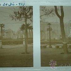 Fotografía antigua: ANTIGUA FOTOGRAFIA ESTEREOSCOPICA DE CRISTAL, POSITIVO - MADRID, PLAZA DE ORIENTE - 24 DE DICIEMBRE . Lote 19955249