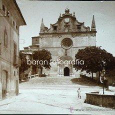 Fotografía antigua: MALLORCA, IGLESIA DE FELANITX, 1915. FOTO: SALVANY - NONELL. CRISTAL POSITIVO ESTEREO 6X13 CM.. Lote 29104842