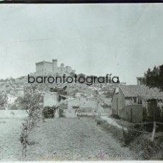 Photographie ancienne: CASTELLDEFELS, CASTILLO DEL SR. GIRONA, AÑO 1912. CRISTAL POSITIVO ESTEREO 6X13 CM. FXP. Lote 31271983