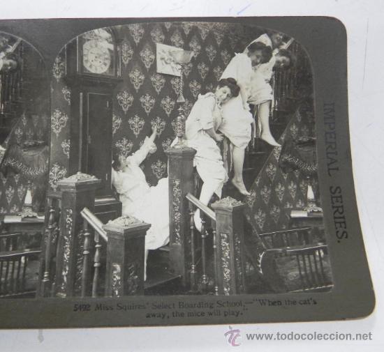ANTIGUA FOTOGRAFIA ESTEREOSCOPICA, N. 5492, TRAVESURAS DE MUCHACHAS, EL DIABLO SUELTO, PRINCIPIOS DE (Fotografía Antigua - Estereoscópicas)