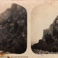 Fotografía antigua: ESTEREOSCÓPICA DE MONTSERRAT, BARCELONA, VISTA EXTERIOR DE LA CUEVA, COLECCIÓN A. MARTÍN. Lote 32125573
