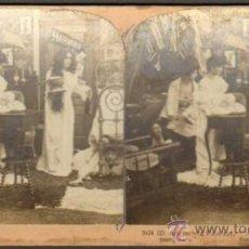 Fotografía antigua: ALBUMINA ESTEREOSCOPICA. PASOS QUE SE ACERCABAN. NUEVA YORK, USA. CA. 1902. PICANTE. Lote 33647817