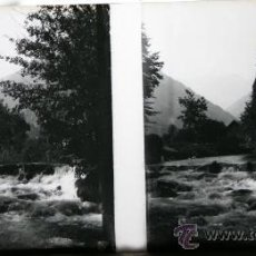 Fotografía antigua: POSITIVO ESTEREOSCOPICO DE CRISTAL - RIO Y MONTAÑAS - CIRCA 1900 . Lote 35879544