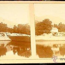 Fotografía antigua: ANTIGUA FOTO ESTEREOSCOPICA DE EL ESCORIAL - EN LA PARTE TRASERA EN SELLO AZUL PONE PRESA DEL BATAN . Lote 38239736