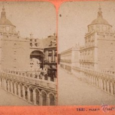 Fotografía antigua: FOTO ESTEREOSCOPICA ALBUMINA DE ARANJUEZ: PALACIO REAL .18X9 CM. Lote 40854588
