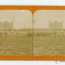 Fotografía antigua: FOTOGRAFIA ESTEREOSCOPICA DE UN DESFILE EN EL PARQUE DE LA CIUDADELA (BARCELONA) SEPTIEMBRE 1904. Lote 46048477
