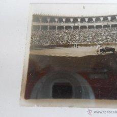 Fotografía antigua: FOTOGRAFIA ESTEREOSCOPICA ESTEREO EN CRISTAL PRINCIPIOS DEL SIGLO XX PLAZA TOROS BARCELONA. Lote 47322970