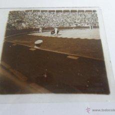 Fotografía antigua: FOTOGRAFIA ESTEREOSCOPICA ESTEREO EN CRISTAL PRINCIPIOS DEL SIGLO XX PLAZA TOROS BARCELONA. Lote 47323362