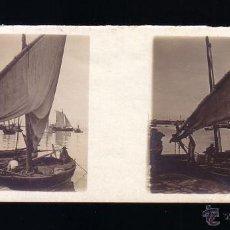 Fotografía antigua: CÁDIZ.BARCOS ( FALUCHOS) EN LA BAHIA.ANTIGUA FOTOGRAFIA ESTEREOSCÓPICA DE PAPEL.12 X 4,5 CTM. Lote 48197213