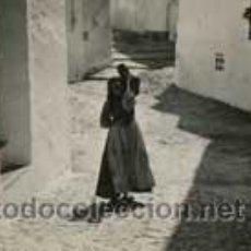 Fotografía antigua: IBIZA. ESTERIOSCÓPICA DE PAPEL. IBICENCA EN LA CALLE.C.1935. Lote 49025164