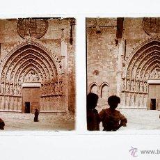 Fotografía antigua: IGLESIA DE CASTELLÓ D'EMPÚRIES - PROV. DE GIRONA, 1915'S. CRISTAL POSITIVO ESTEREO 6X13 CM.. Lote 51876661