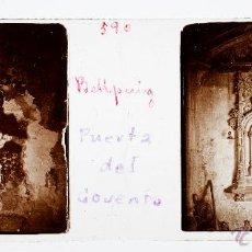 Fotografía antigua: BELLPUIG, PROV. DE LLEIDA, PUERTA DEL CONVENTO, 1910'S. APROX. CRISTAL POSITIVO ESTEREO 10X4 CM.. Lote 51882681