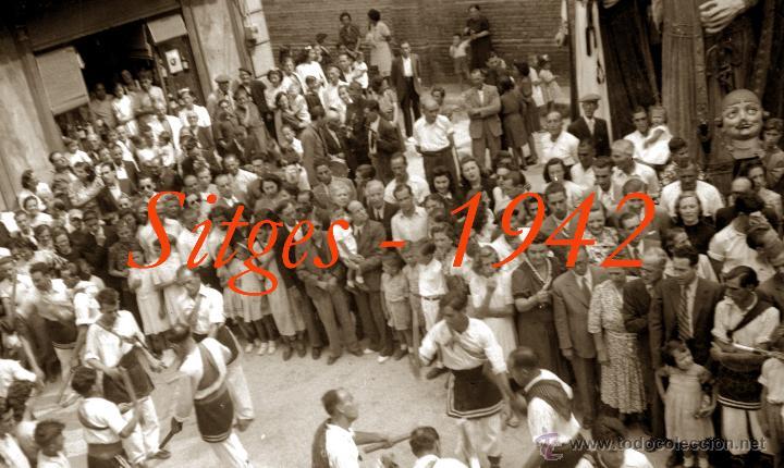 Fotografía antigua: SITGES - GEGANTS - 1942 - FESTA MAJOR - 5 NEGATIUS DE CEL·LULOIDE - Foto 2 - 53894469