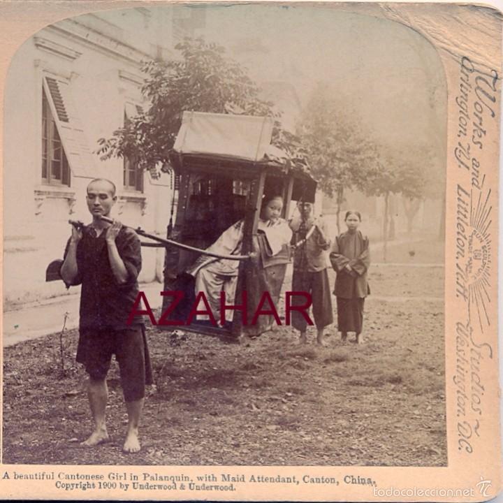 Fotografía antigua: CANTON, CHINA, 1900, UNA JOVEN CHINA EN EL PALANQUIN, JUNTO A SUS ASISTENTES, - Foto 2 - 58304386