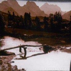 Fotografía antigua: FOTOGRAFIA CRISTAL ESTEREOSCOPICA ANDRADA: ALREDEDORES DE LIAÑO ( LEON). Lote 69512993