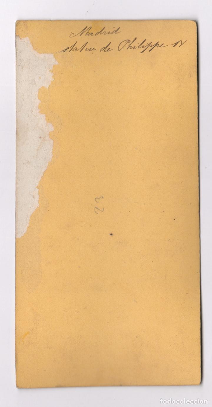 Fotografía antigua: MADRID, 1857-63 APROX. ESTATUA DE PHILIPPE IV, ALBÚMINA 9X18CM SIN DATOS - Foto 2 - 84198628