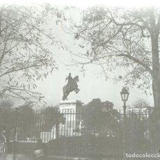 Fotografía antigua: ESTEREOSCOPIA ESTEREOSCOPICA DE CRISTAL 10,5X5 CTMS Nº142 MADRID PLAZA ORIENTE 1916. Lote 88930660