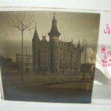 Fotografía antigua: CASA DE LES PUNXES DE PUIG Y CADAFALCH - FOTO ANTIGUA BARCELONA CRISTAL ESTEREOSCOPICO- CA.1.905. Lote 89095332