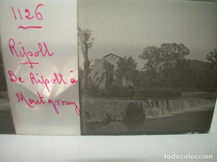 Fotografía antigua: RIPOLL,CATALUNYA- CUATRO CRISTAL ESTEREOSCOPICO-PERSONAJES DE ÉPOCA- CIRCA..1.900 - Foto 8 - 89395756
